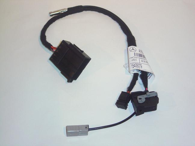 Comand wiring loom adapter for 2002/2003 ML